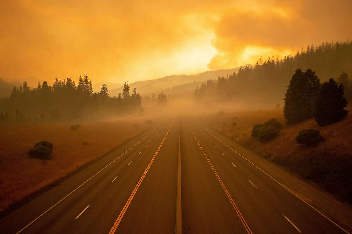 Interstate 5, which has been closed due to the Delta Fire, is seen completely empty in Lamoine, California, in the Shasta Trinity National Forest, on September 6, 2018. (Photo by JOSH EDELSON / AFP) (Photo credit should read JOSH EDELSON/AFP/Getty Images) ***BESTPIX***