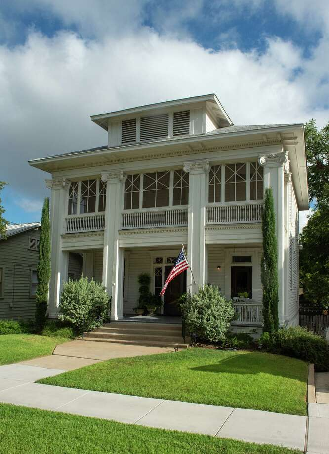 The Monte Vista house owned by Alicia Mendez that is frequently used for commercial still and video shoots. Photo: Robin Jerstad /Contributor / ROBERT JERSTAD