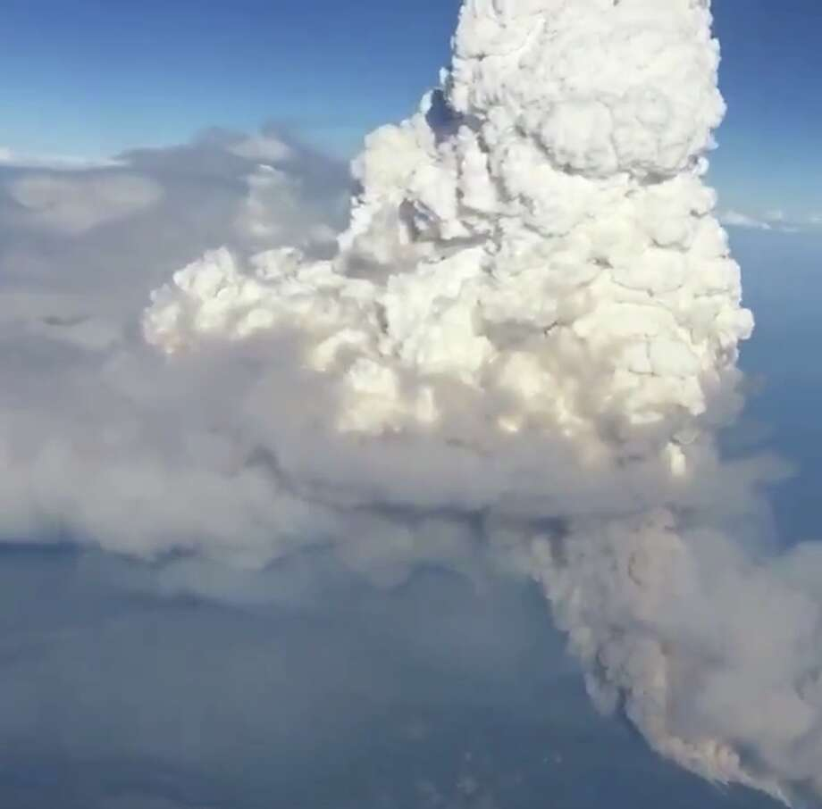 A pyrocumulus cloud formed over the Delta Fire in Shasta County Wednesday. Photo: Jeff Mandrell