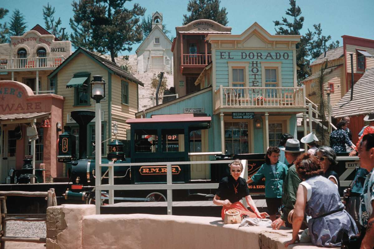 The buildings of the Rainbow Ridge mining town were designed by art director and set designer Bill Martin, who recalled they were a favorite of the Disneys: