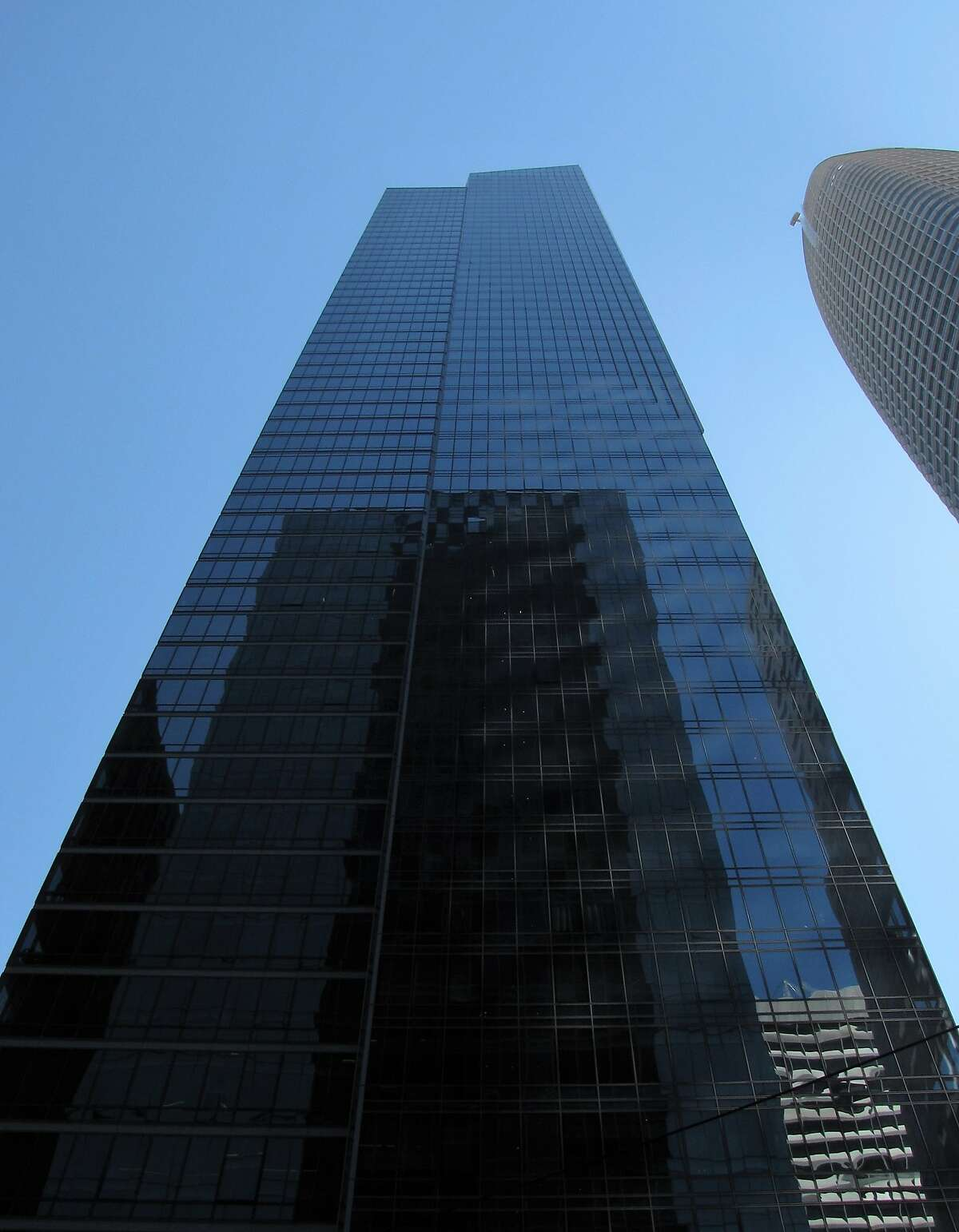 """The sidewalk view of Millennium Tower on Sept. 7, 2018 -- a perspective from which the crack in a 38th floor window doesn't loom nearly as large as it does for residents of San Francisco's infamous """"leaning tower."""""""