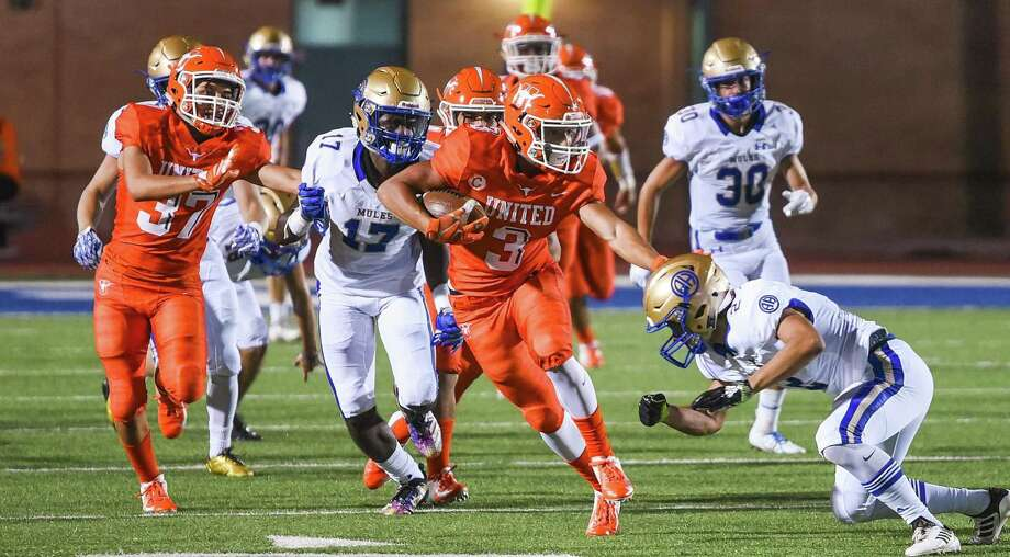 United High School Jerry Gonzalez returns the ball during a game against Alamo Heights High School on Friday, Sept. 7, 2018, at the Bill Johnson Student Activity Complex. Photo: Danny Zaragoza /Laredo Morning Times
