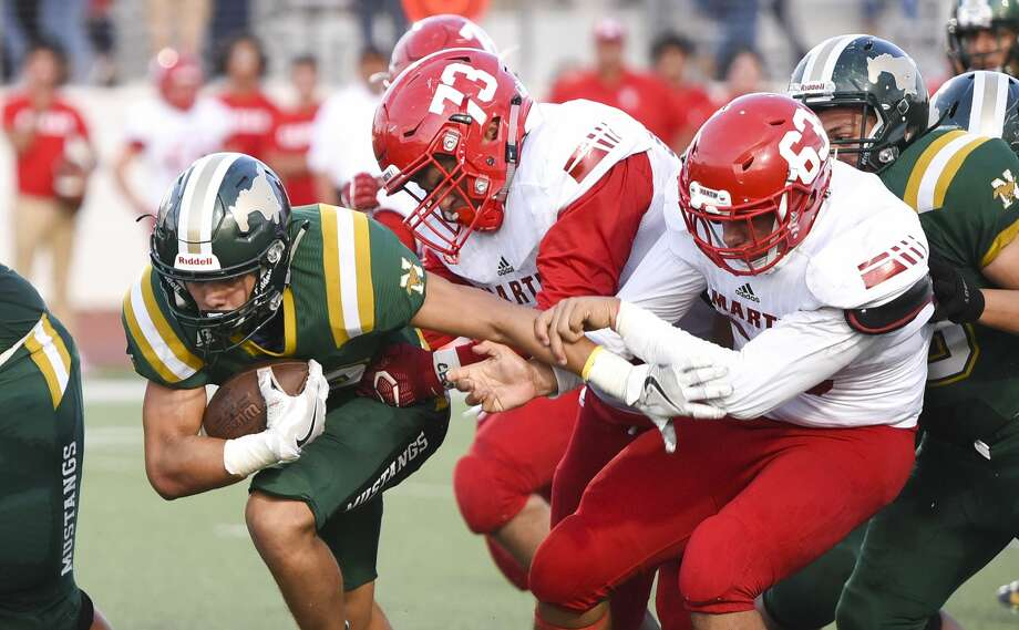 Nixon High School played against rivals Martin High School at Shirley Field on Friday, Aug. 31, 2018. Photo: Danny Zaragoza/Laredo Morning Times