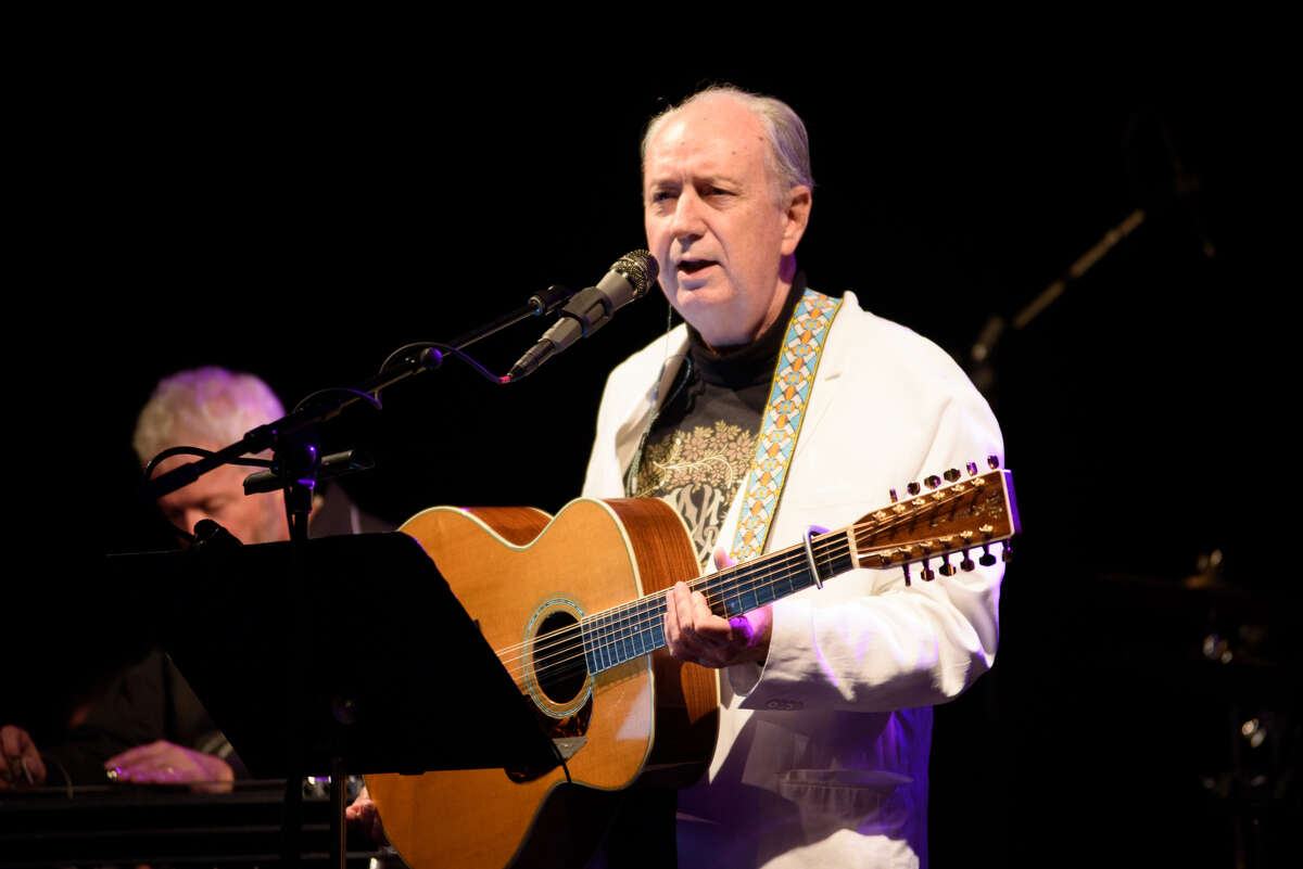 Michael Nesmith and the First National Band perform at the Heights Theater.