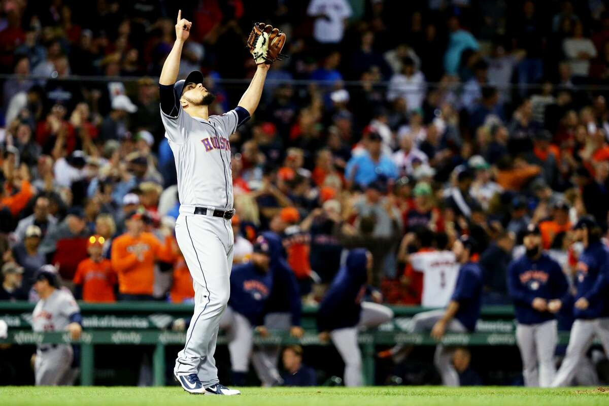 BOSTON, MA - SEPTEMBER 8: Roberto Osuna #54 of the Houston Astros celebrates after the Houston Astros defeat the Boston Red Sox 5-3 at Fenway Park on September 8, 2018 in Boston, Massachusetts.(Photo by Maddie Meyer/Getty Images)