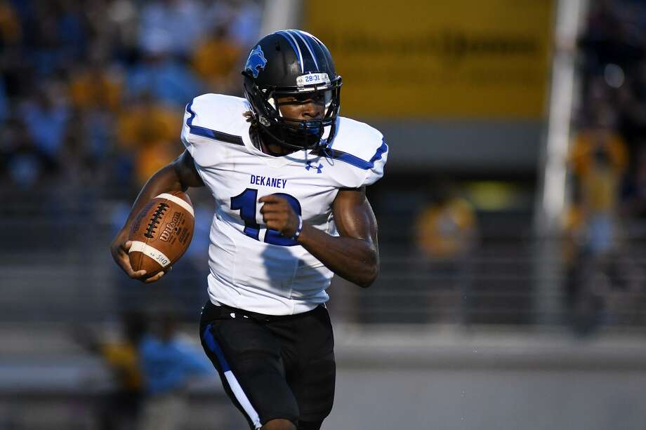 Dekaney senior quarterback Joshua Cephus runs the ball on a keeper against Kingwood during the quarter of their matchup at Turner Stadium in Humble on Sept. 6, 2018. Cephus committed to UTSA in January. Photo: Jerry Baker, Houston Chronicle / Contributor / Houston Chronicle