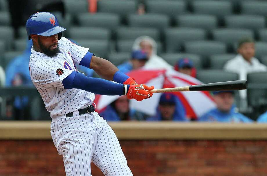 NEW YORK, NY - SEPTEMBER 09: Austin Jackson #16 hits an RBI double against the Philadelphia Phillies during the seventh inning of a game at Citi Field on September 9, 2018 in the Flushing neighborhood of the Queens borough of New York City. The Mets defeated the Phillies 6-4. (Photo by Rich Schultz/Getty Images) Photo: Rich Schultz / 2018 Getty Images