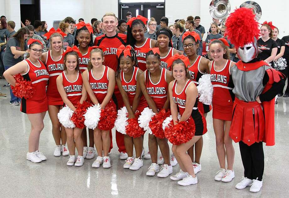 The Coldspring-Oakhurst High School cheerleaders performed at the 3rd Annual Golden Trojans Reception and Fall Sports Preview on Friday, Sept. 7. Photo: Cassie Gregory / COCISD