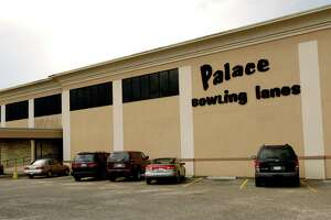 Palace Lanes on Bellaire.(Dave Rossman/Special to the Chronicle)