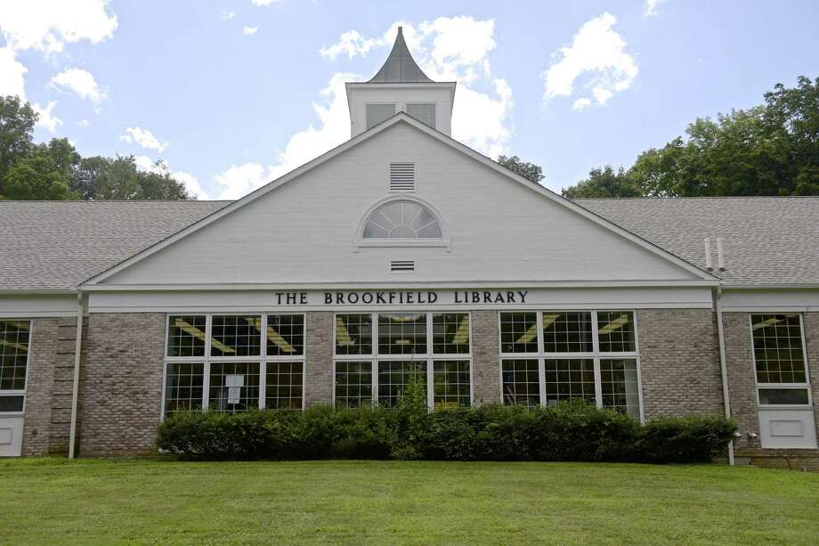 The Brookfield Library on August 2, 2018. Photo: H John Voorhees III / Hearst Connecticut Media / The News-Times