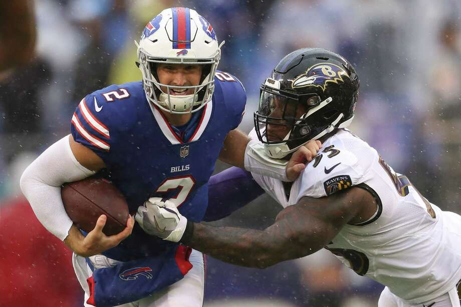 BALTIMORE, MD - SEPTEMBER 09: Terrell Suggs #55 of the Baltimore Ravens sacks quarterback Nathan Peterman #2 of the Buffalo Bills in the second quarter at M&T Bank Stadium on September 9, 2018 in Baltimore, Maryland. (Photo by Patrick Smith/Getty Images) Photo: Patrick Smith / 2018 Getty Images