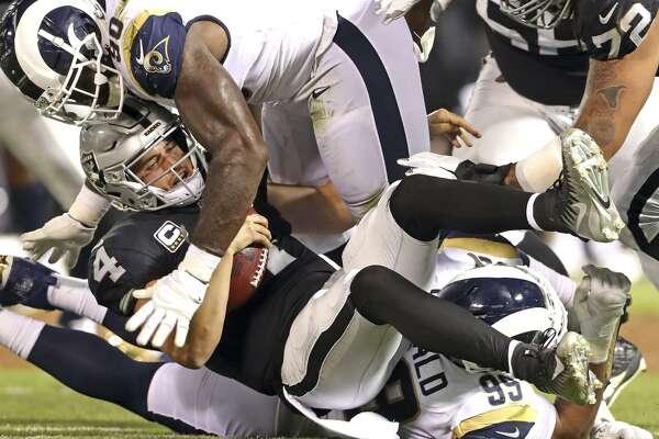 b5c6d844 Raiders drop season opener to Rams 33-13 - SFChronicle.com