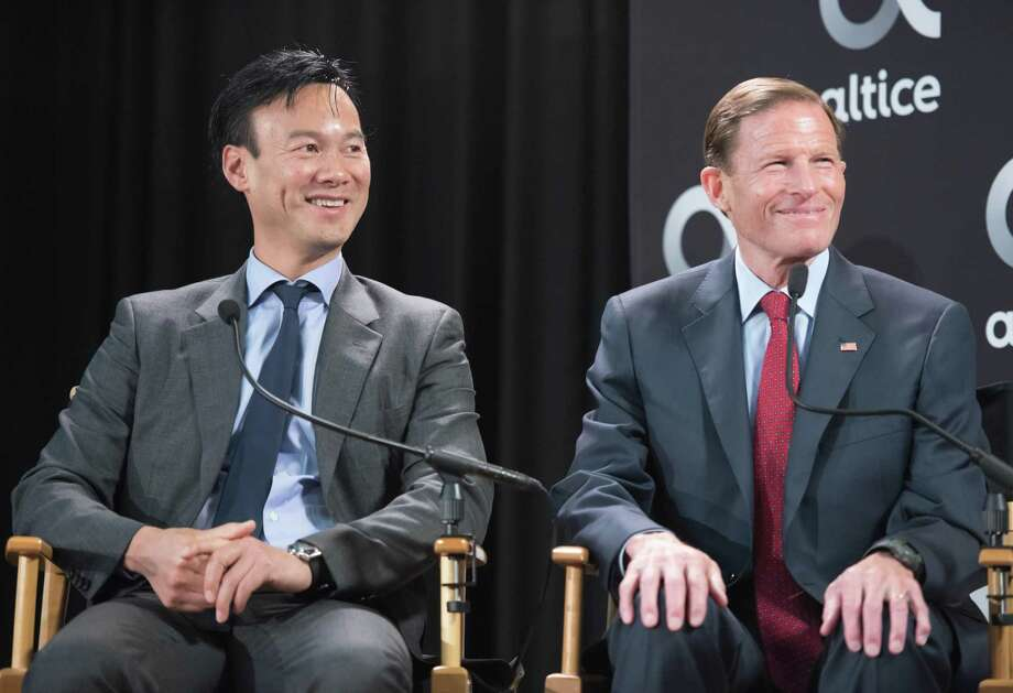Altice USA CEO Dexter Goei, left, in May 2018 alongside U.S. Sen. Richard Blumenthal (D-Conn.), in Stamford, Conn. Photo: Photo Courtesy Altice USA /