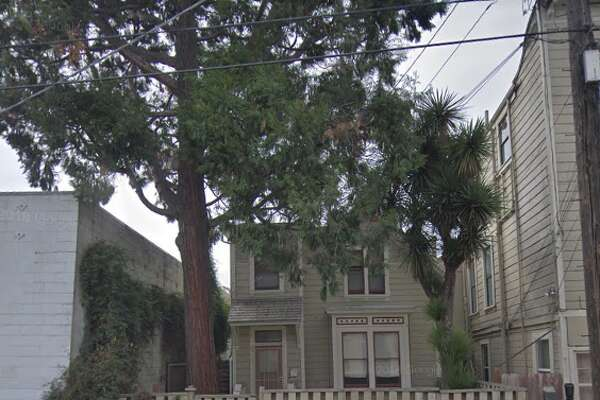 You can own the Victorian house at 2325 Valley Street in Oakland for free. All you have to do is move it.