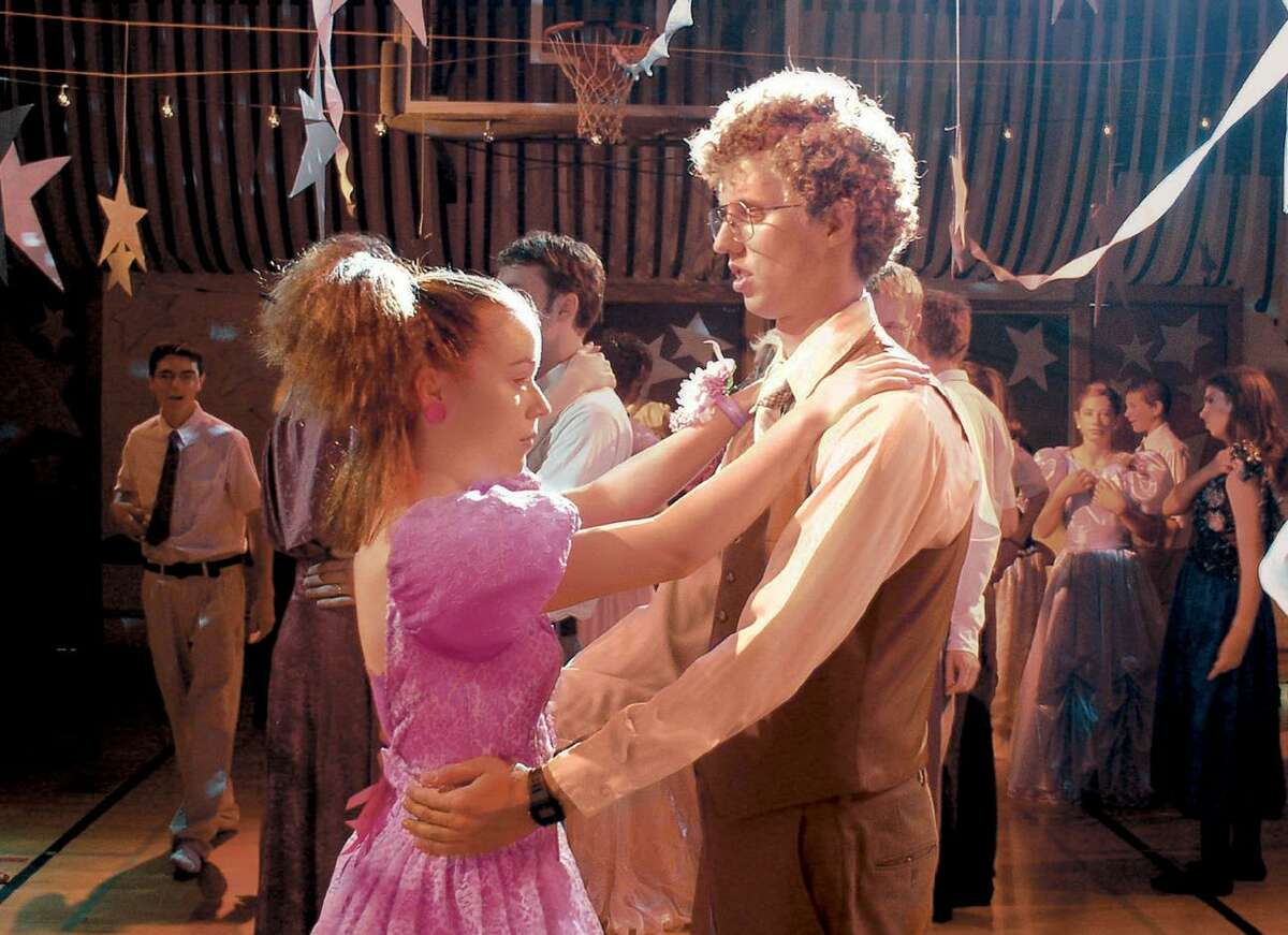 Tina Majorino (left) and Jon Heder in a scene from