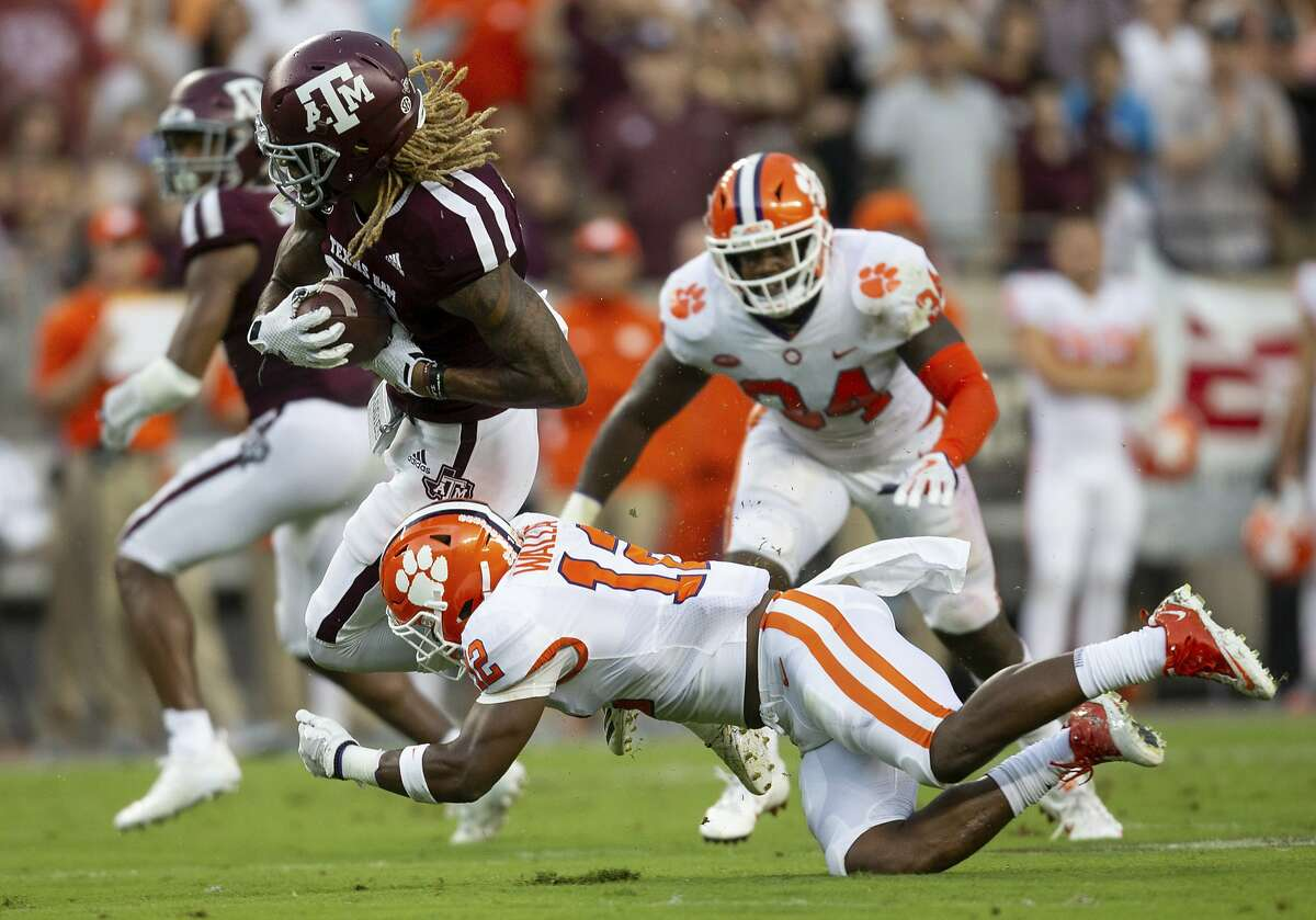 >>> Click through to see which college football teams around Texas are favored and which are underdogs for Week 2.