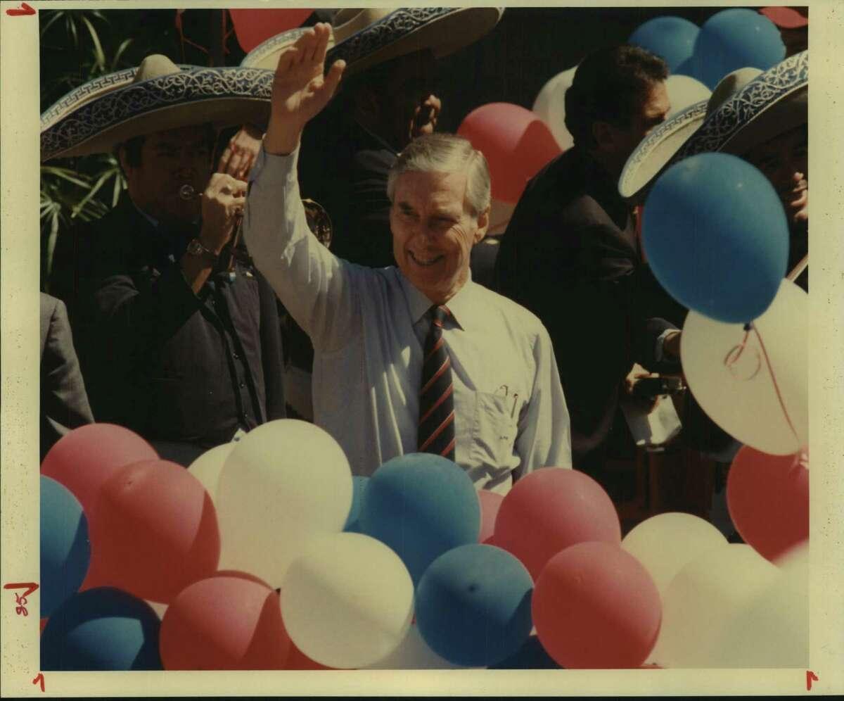 Senator Lloyd Bentsen arriving at River Theater