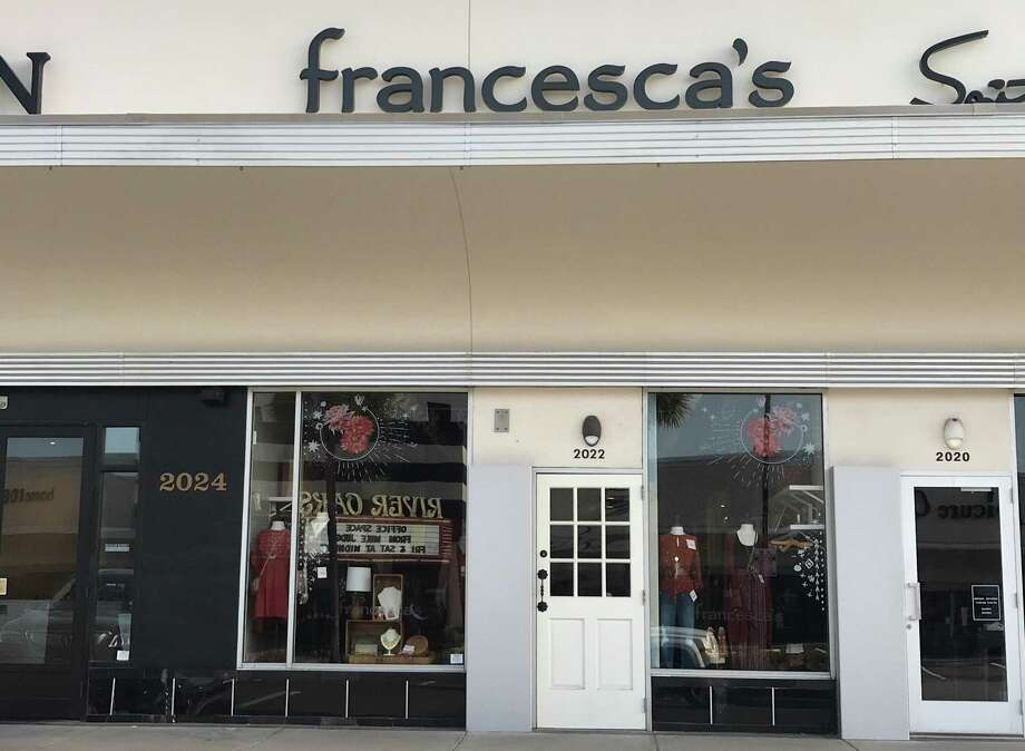 Francesca's said Tuesday it is evaluating its real estate portfolio to close underperforming stores after the Houston retailer issued yet another subpar earnings report. Shown here: Francesca's at 2022 W. Gray St. in the River Oaks Shopping Center Tuesday, Aug. 14, 2018 in Houston. Photo: Melissa Phillip, Staff Photographer / Staff Photographer / Houston Chronicle