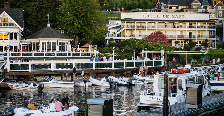 Friday Harbor hosts all the weekend romance. Read on for all the romantic getaways to write in on your calendar, and keep clicking for Valentine's Day dinner ideas you can nab for this weekend. Photo: Wes Edholm Via  Monica Van Appel-Percich /Windermere / © Charles Peterson