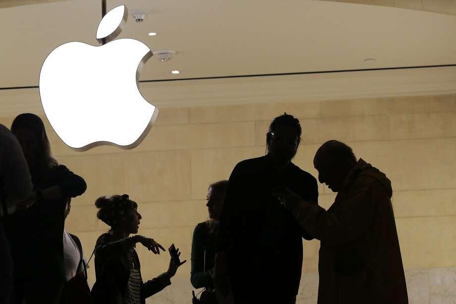 Apple storeTexas locations: El Paso, Austin, San Antonio and more. Photo: Mark Lennihan, Associated Press