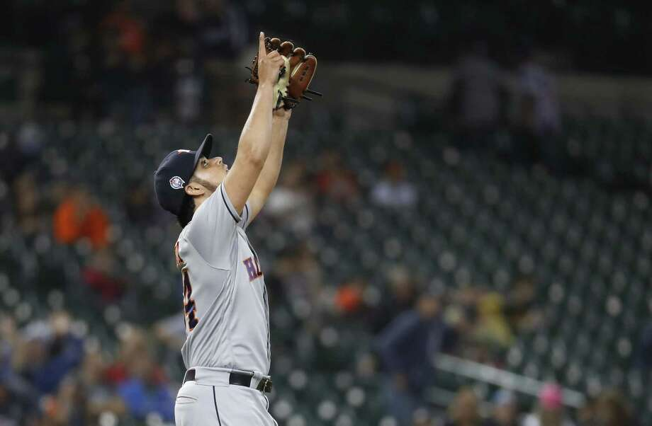 PHOTOS: What we know about Roberto Osuna Roberto Osuna, who has saved all four wins on the Astros' road trip to Boston and Detroit, celebrates the final out of Tuesday's 5-4 victory over the Tigers. Photo: Paul Sancya, STF / Associated Press / Copyright 2018 The Associated Press. All rights reserved