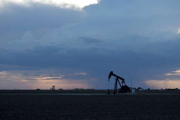 A pumpjack stands in Midland, Texas, U.S., on Friday, Aug. 24, 2018. Dozens of young entrepreneurs, mostly in their 30s, are running private-equity-backed companies in the frenzied boom in West Texas and New Mexico that may each be worth billions of dollars. Photographer: Callaghan O'Hare/Bloomberg