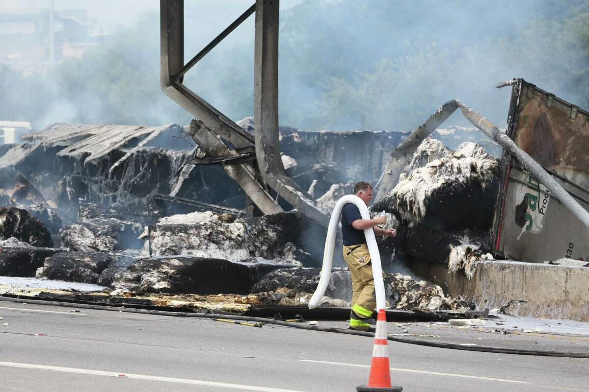A massive fire burned on U.S. 281 near Hildebrand Avenue late Wednesday morning, shutting down the highway in both directions. An 18-wheeler caught fire there around 11:30 a.m., a police spokesperson said. Cars are being diverted onto the Hildebrand exits. Officials said the closure could last several hours.