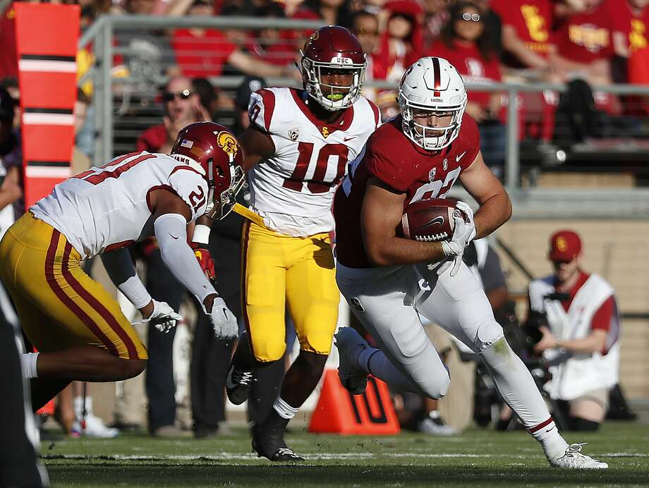 Stanford tight end Kaden Smith (82) catches a pass against Southern California during the first half of an NCAA college football game Saturday, Sept. 8, 2018, in Stanford, Calif. Stanford won 17-3. (AP Photo/Tony Avelar) Photo: Tony Avelar / Associated Press