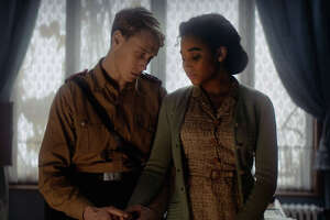 George Mackay and Amandla Stenberg in 'Where Hands Touch'