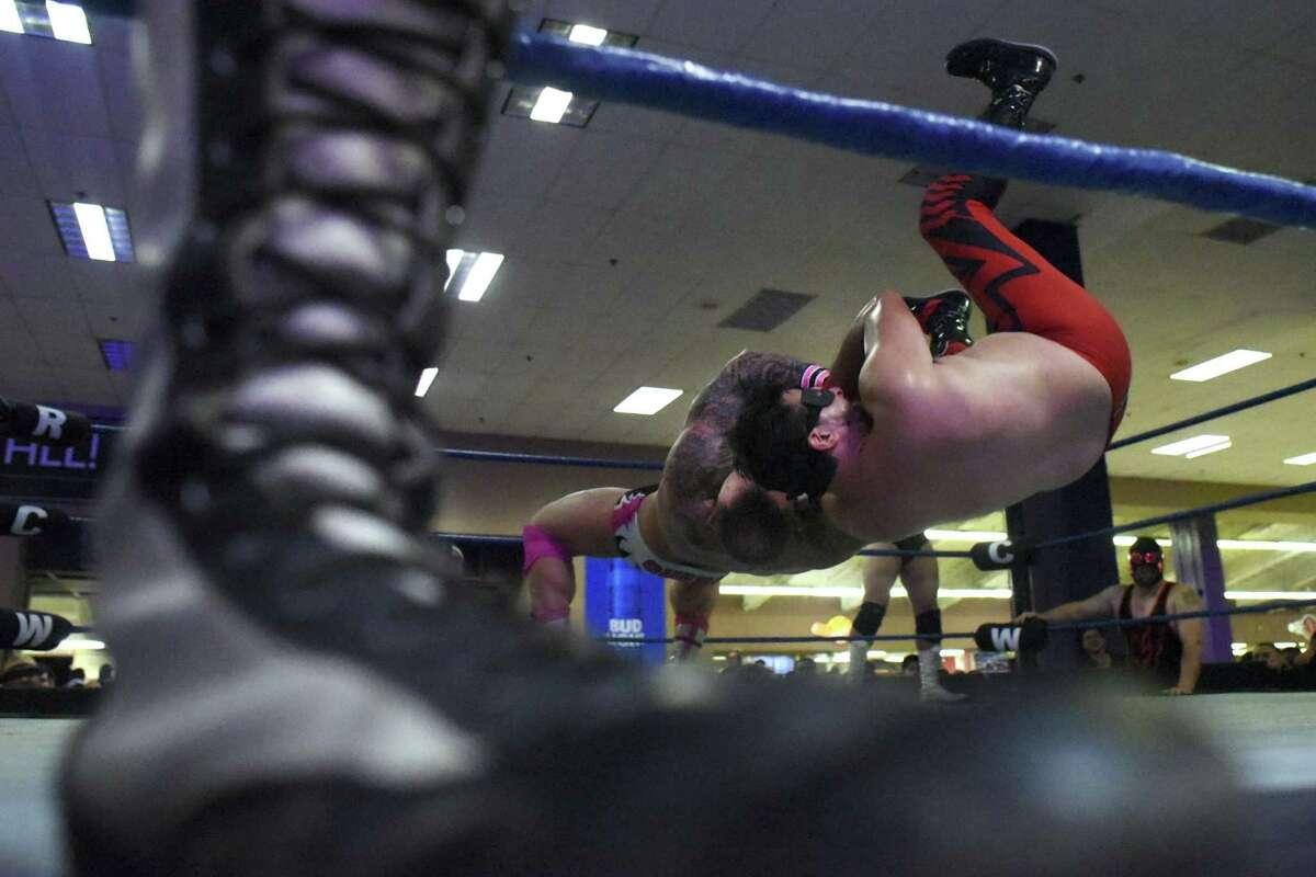Professional Wrestling Has A Hold On San Antonio Expressnews