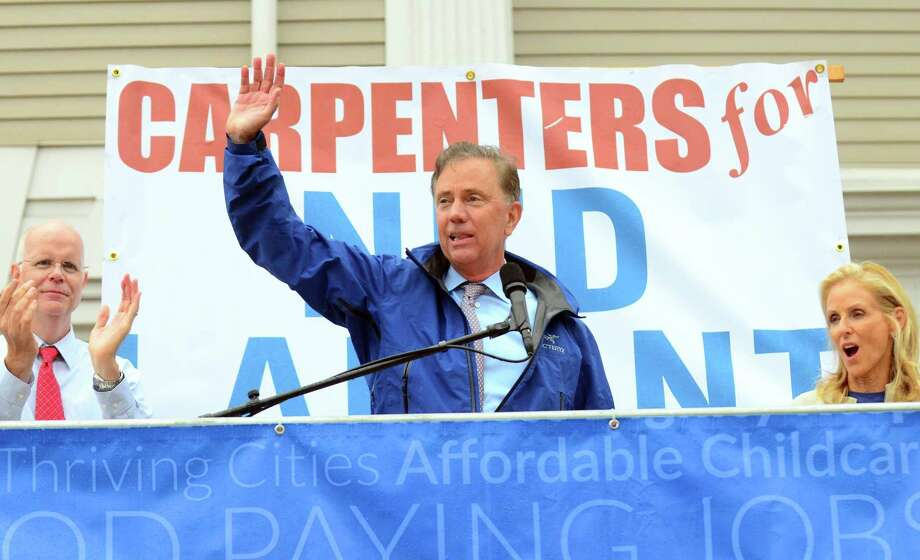 Ned Lamont speaks to supporters during a rally organized by area unions ahead of a gubernatorial debate between Lamont and Bob Stefanowski in downtown New London, Conn., on Wednesday Sept. 12, 2018. Photo: Christian Abraham / Hearst Connecticut Media / Connecticut Post
