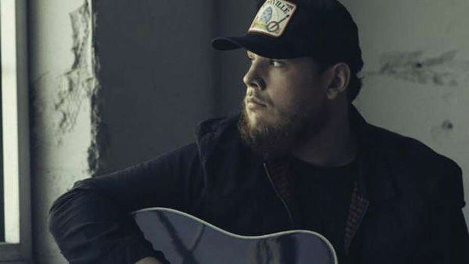 Luke Combs (www.lukecombs.com)