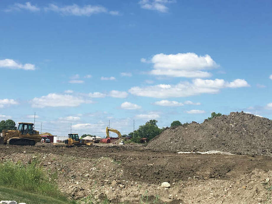 Crews were out Wednesday leveling the site of the future Edwardsville IronWorks off of Plum Street. Photo: Bill Tucker/Intelligencer