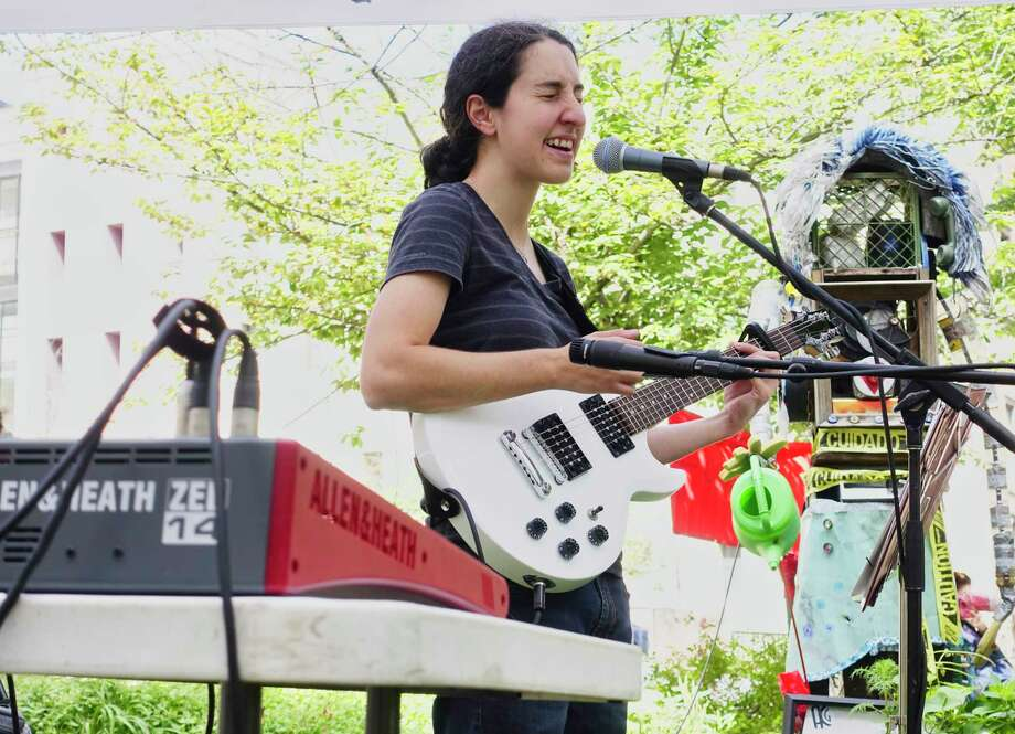 Musician Julia Alsarraf performs in DiNapoli Park as part of the City Art Fair series on Thursday, Sept. 13, 2018, in Albany, N.Y. The City Art Fair is sponsored by Albany Center Gallery and the radio station, Exit 97.7. The Thursday midday event is a showcase for artists and musicians.  (Paul Buckowski/Times Union) Photo: Paul Buckowski / (Paul Buckowski/Times Union)