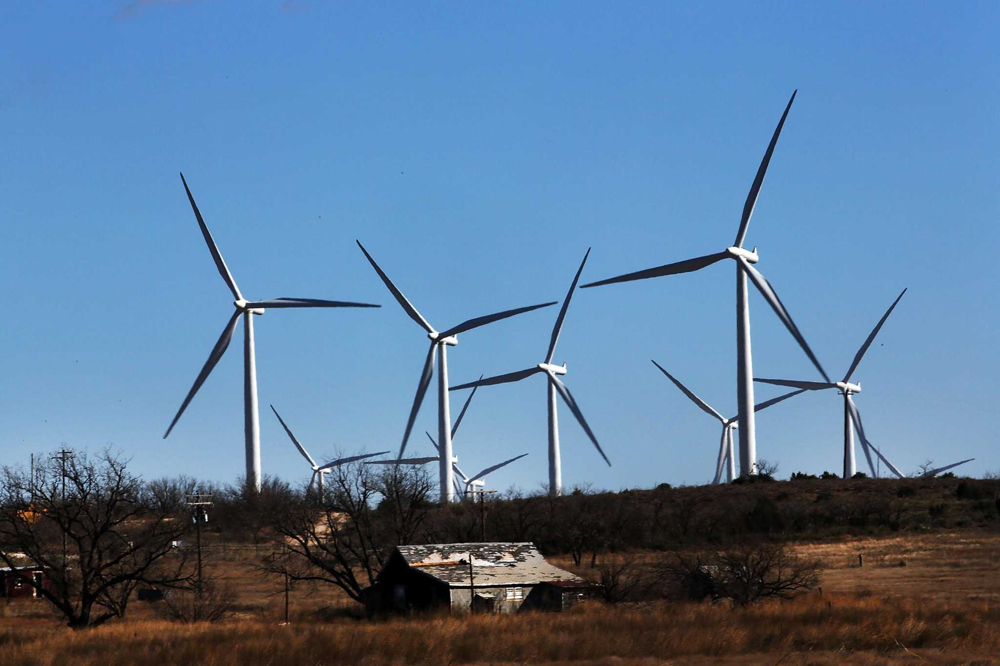 Solar, wind account for 20 percent of power load in 10 states