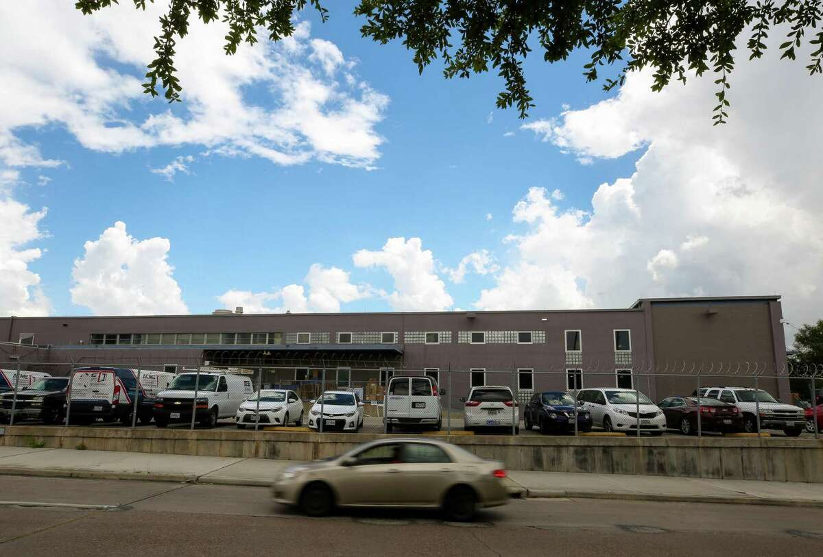 Southwest Key Programs, a non-profit group that houses unaccompanied immigrant children, confirmed Friday that it has signed a lease with a former Star of Hope facility, pictured, at 419 Emancipation Avenue Friday, June 15, 2018, in Houston. Stakeholders were told the facility would house up to 230 children under the age of 12, and pregnant and nursing teenagers. ( Godofredo A. Vasquez / Houston Chronicle )