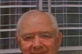 Dr. Peter Rostenberg