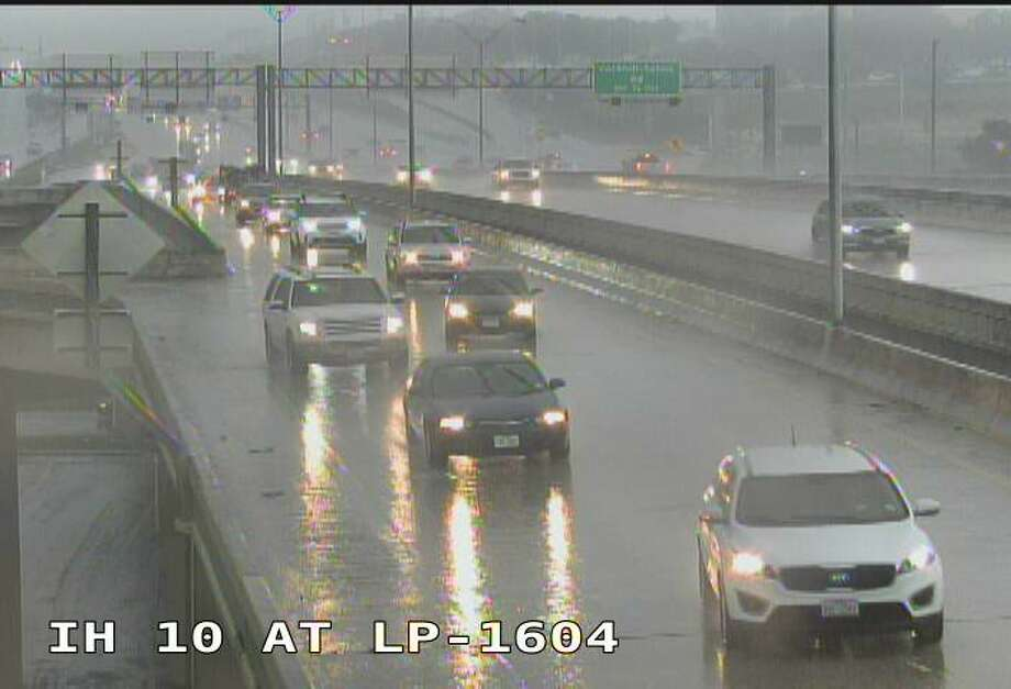 Road conditions at Interstate 10 at Loop 1604 Friday afternoon, Sept. 14, 2018. Photo: Courtesy Texas Department Of Transportation