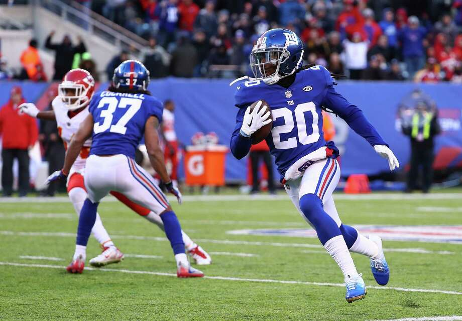 EAST RUTHERFORD, NJ - NOVEMBER 19:  Janoris Jenkins #20 of the New York Giants runs back an interception in the fourth quarter against the Kansas City Chiefs during their game at MetLife Stadium on November 19, 2017 in East Rutherford, New Jersey.  (Photo by Al Bello/Getty Images) ORG XMIT: 700070748 Photo: Al Bello / 2017 Getty Images