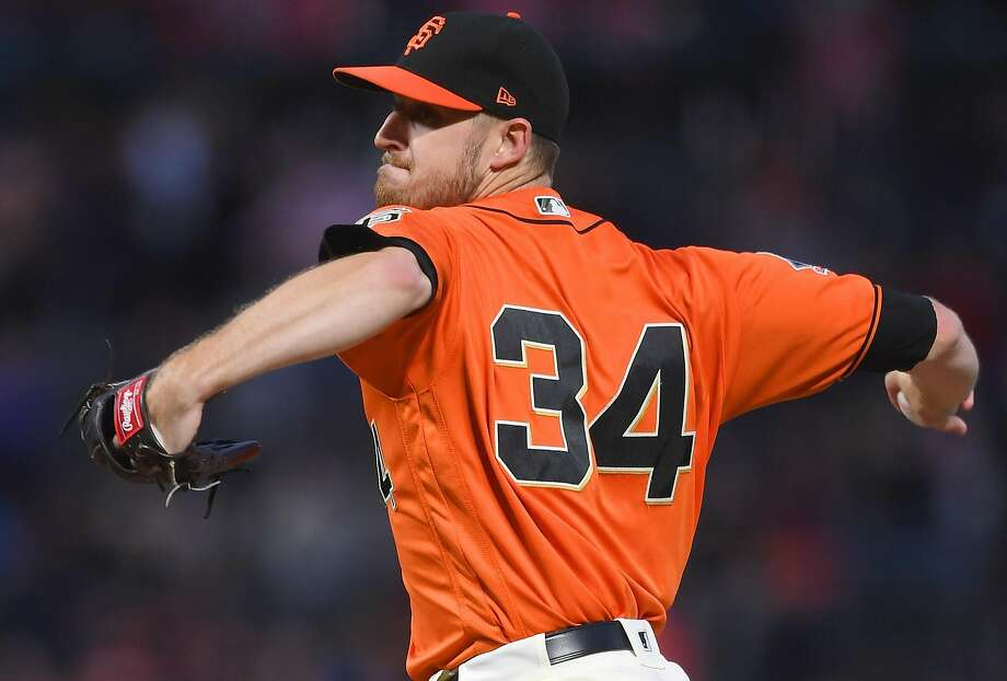Chris Stratton of the Giants retired the final 12 Colorado hitters while picking up his 10th win of the season. Photo: Thearon W. Henderson / Getty Images