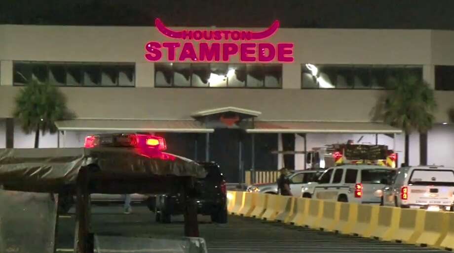 Deputies working an extra job at the Stampede Night Club on Eastex Freeway exchanged fire about 2 a.m. Saturday with a group of men spotted breaking into vehicles in the parking lot, according to the Harris County Sheriff's Office. Photo: Metro Video