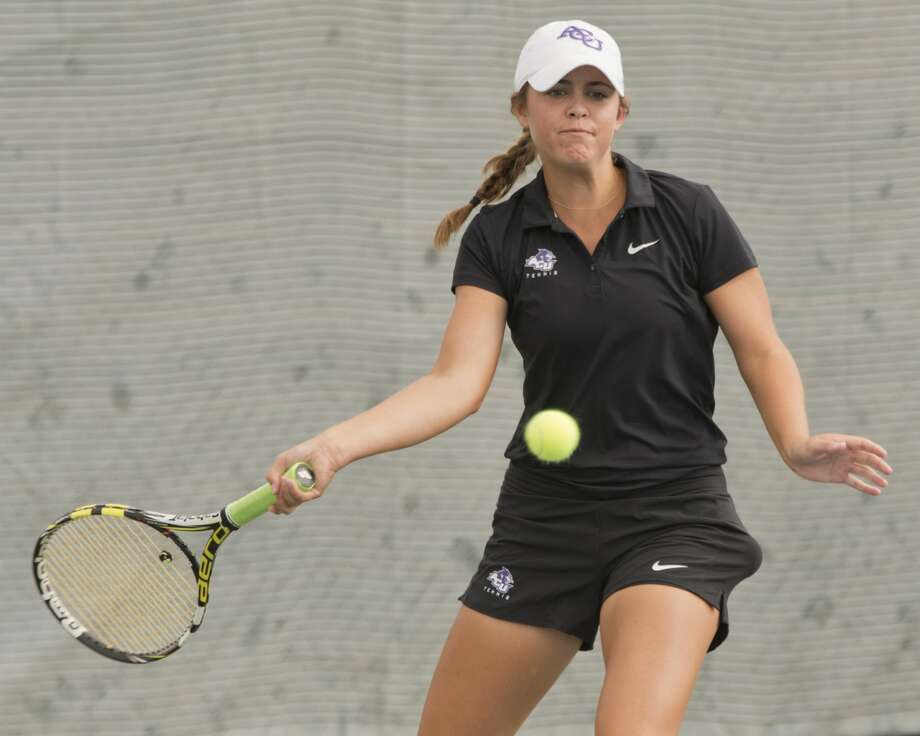 Allison Stewart, former MHS standout, now playing for ACU, returns a shot 09/15/18 at the Racquet Club Collegiate Invitational at Racquet Club. Tim Fischer/Reporter-Telegram Photo: Tim Fischer/Midland Reporter-Telegram