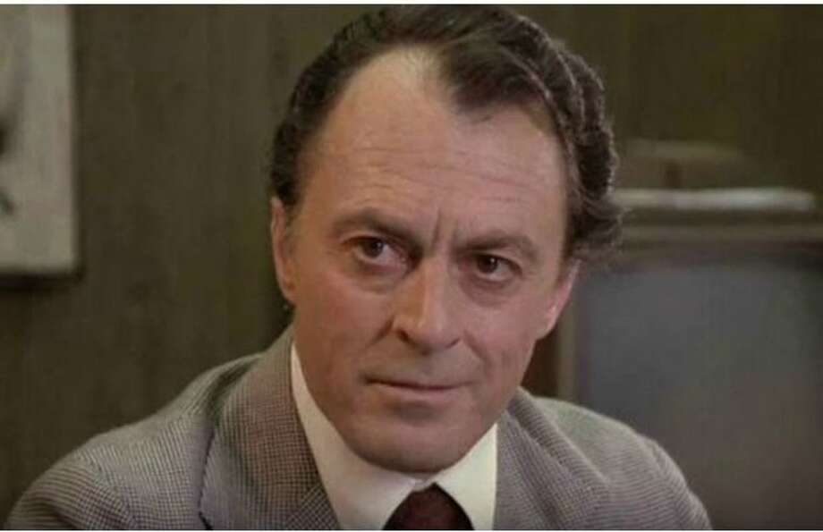 "Actor Peter Donat, 90, died Monday from complications of diabetes. He was well-known for acting in the show ""The X-Files"" and the movie ""The Godfather: Part II."""
