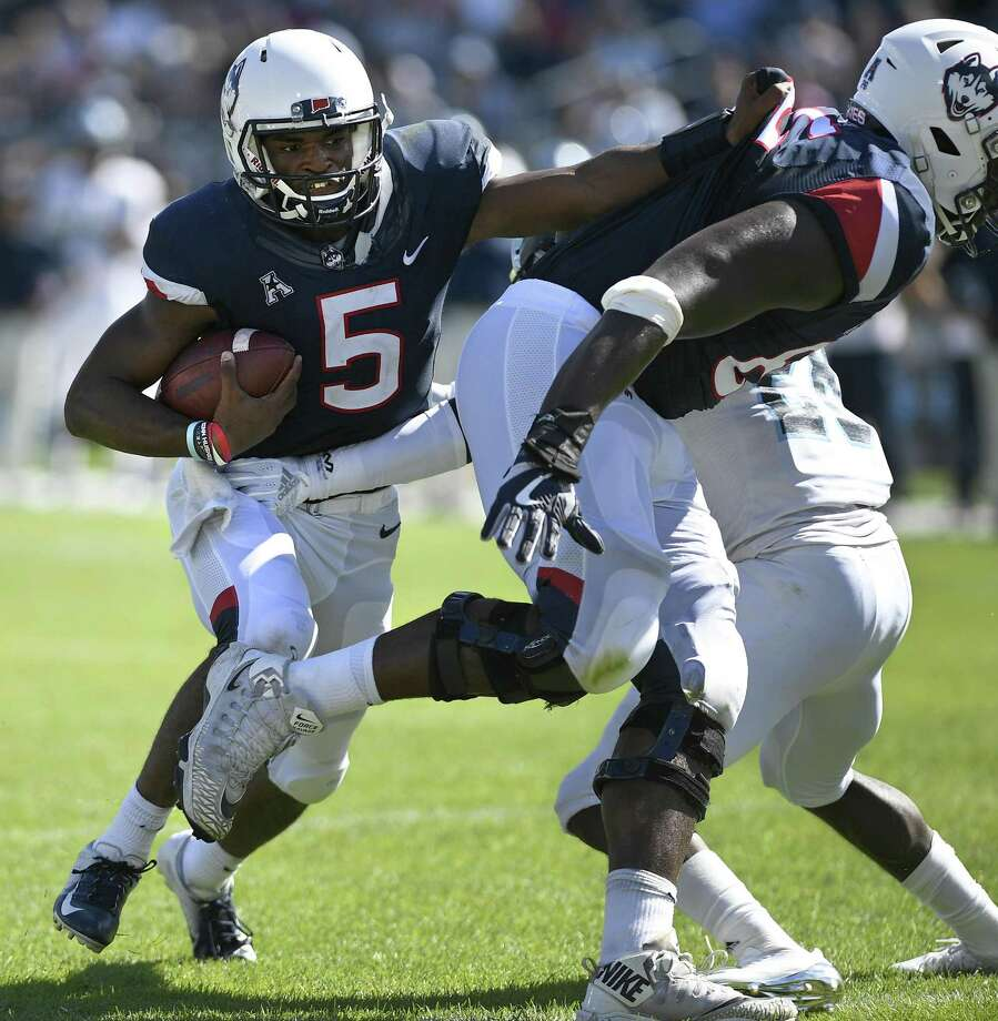 UConn quarterback David Pindell become the first Husky in the last 40 years to account for six touchdowns in a game in Saturday's win over Rhode Island. Photo: Jessica Hill / Associated Press / Copyright 2018. The Associated Press. All rights reserved.