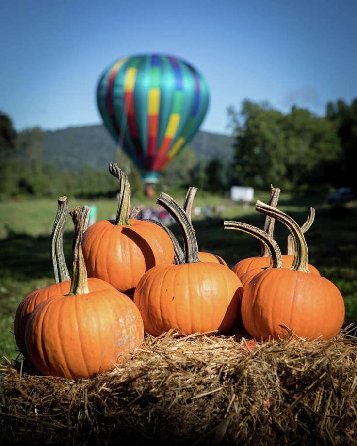 Liberty Balloon Company out of Groveland, NY, gave tethered hot-air balloon rides starting at 8am at the Weantinoge Heritage Land Trust fall celebration on Saturday, September 15, 2018, at Smyrski Farm in New Milford, CT. Photo: Trish Haldin / The News-Times Freelance
