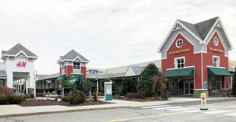 Westbrook Outlets is adding an indoor ice skating rink in a bid to differentiate the retail center from its rivals along the Shoreline. Photo: Contributed Photo / New Haven Register contributed