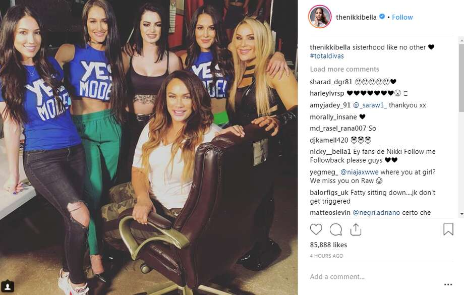 thenikkibella: sisterhood like no other  #totaldivas Photo: Instagram Screengrab