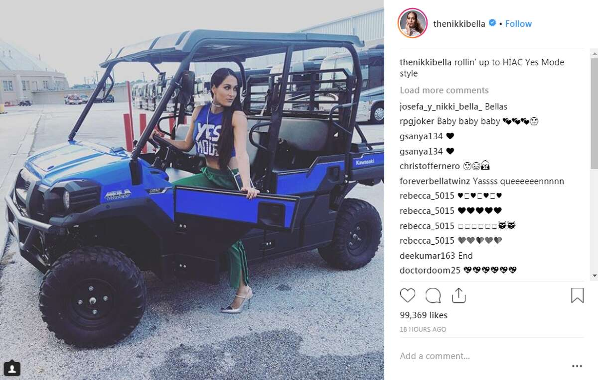 thenikkibella: rollin' up to HIAC Yes Mode style