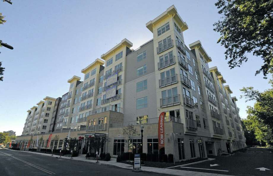 The Element One apartment complex at 111 Morgan St., in Stamford, Conn., has sold for $78 million. Photo: Matthew Brown / Hearst Connecticut Media / Stamford Advocate
