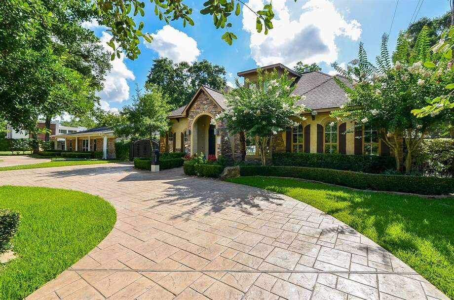 >>> See single-family Houston homes priced well under their neighborhood averages. Photo: Houston Association Of Realtors